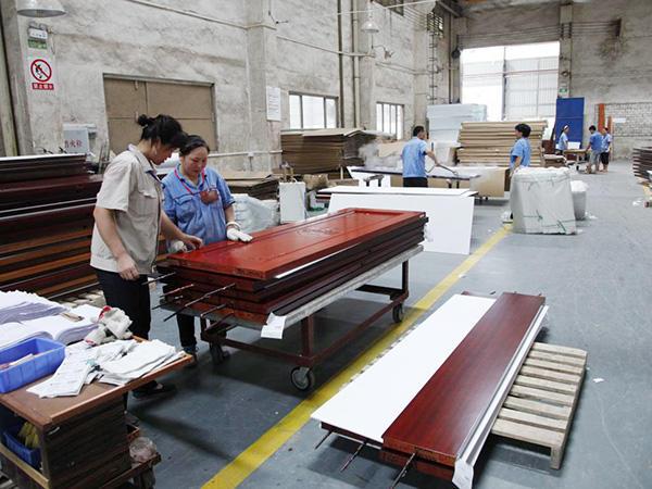 Casen wood door produce all the process